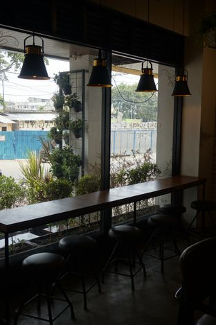 Foto 10 - Interior di Compagnie Koffie oleh yudistira ishak abrar
