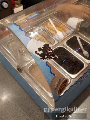 Foto 4 - Makanan di McDonald's Ice Cream oleh UrsAndNic