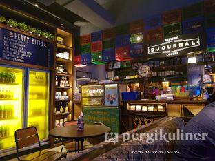Foto 4 - Interior di The People's Cafe oleh Meyda Soeripto @meydasoeripto