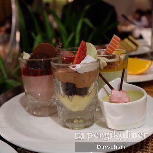 Foto 5 - Makanan di The Cafe - Hotel Mulia oleh Darsehsri Handayani