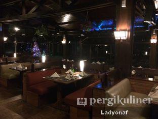 Foto 4 - Interior di Meranti Restaurant oleh Ladyonaf @placetogoandeat