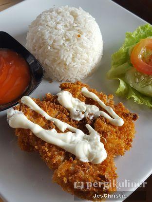 Foto 3 - Makanan(Chicken Cordon Bleu) di Kedai Kopi Tjan oleh JC Wen
