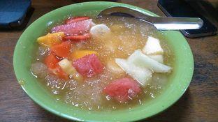 Foto 2 - Makanan(Sop Buah Kuah Jeruk) di Lussie Juice and Sop Buah oleh Eunice