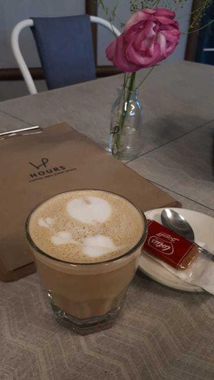 Foto 2 - Makanan di Hours Coffee & More oleh Velia