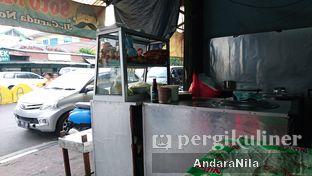 Foto 4 - Eksterior di Soto Mie Pak Kumis oleh AndaraNila