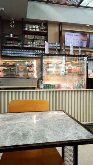 Foto 2 - Interior di Anomali Coffee oleh IG: biteorbye (Nisa & Nadya)