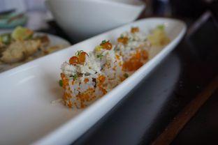 Foto 5 - Makanan(California roll) di Enmaru oleh Elvira Sutanto