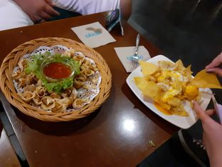 Foto 3 - Makanan(cemilan di malam hari) di de' Excelso oleh Threesiana Dheriyani