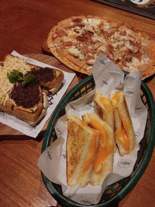 Foto 1 - Makanan di The People's Cafe oleh Ong Eng Say