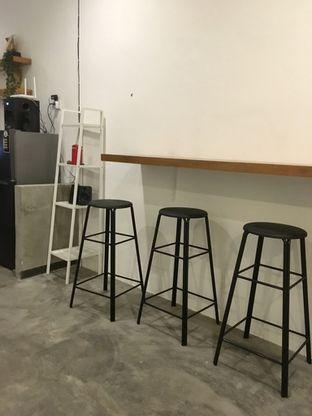 Foto 6 - Interior di Signal Coffee oleh Prido ZH