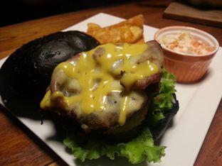 Foto 1 - Makanan di Blacklisted oleh Budi Lee