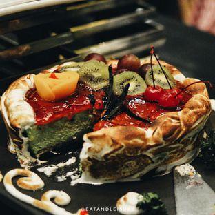 Foto 8 - Makanan di The Square - Hotel Novotel Bandung oleh Eat and Leisure