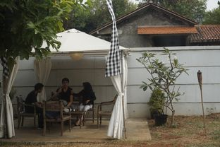 Foto 15 - Eksterior di Semusim Coffee Garden oleh yudistira ishak abrar
