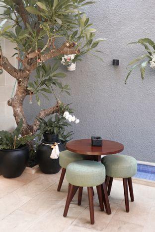 Foto 3 - Interior di Caffeine Suite oleh thehandsofcuisine