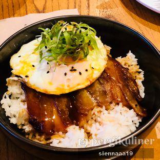 Foto asian pork rice di Nomz