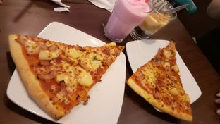 Foto 1 - Makanan di The Kitchen by Pizza Hut oleh Alexander Michael