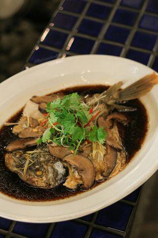 Foto 2 - Makanan di Meradelima Restaurant oleh thehandsofcuisine