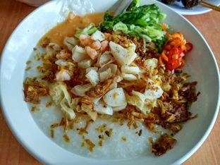 Foto review Bubur Seafood Ayam oleh Pine Josephina 1