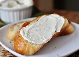 5 Olesan Roti Tawar Terbaik untuk Sarapan Kamu