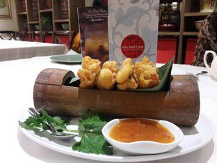 Foto 7 - Makanan(Cakwe isi) di Meradelima Restaurant oleh Leonita Maulidyanti