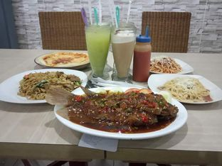 Foto - Makanan di Huk Garden Family Resto oleh Ryana Tita