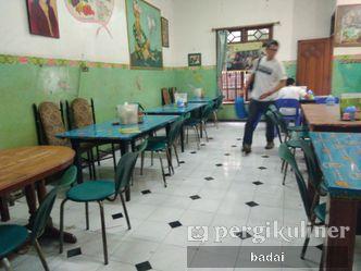Foto Interior di Rujak Cingur dan Sop Buntut Genteng Durasim