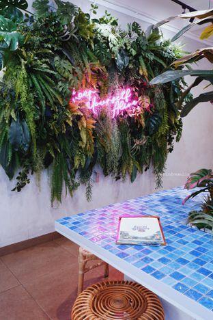 Foto 4 - Interior di The Local Garden oleh Indra Mulia