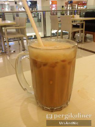 Foto 3 - Makanan(Ice teh tarik) di Ah Mei Cafe oleh UrsAndNic