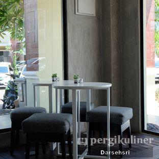 Foto 6 - Interior di WINC Collaborative Space & Cafe oleh Darsehsri Handayani