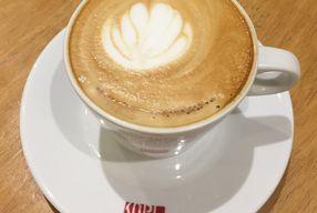 Foto Anomali Coffee