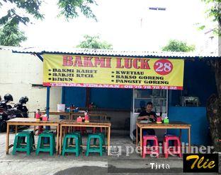 Foto 2 - Eksterior di Bakmi Luck 28 oleh Tirta Lie