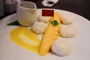 Foto 3 - Makanan(Mango Sticy Rice) di Sonoma Resto oleh Novita Purnamasari