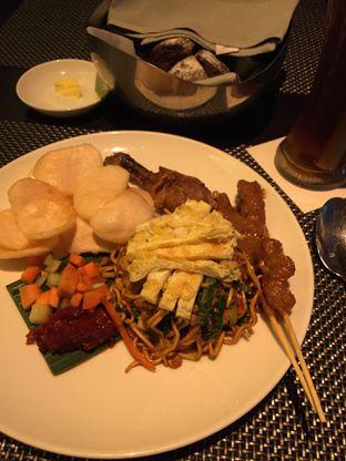 Foto 4 - Makanan di Sana Sini Restaurant - Hotel Pullman Thamrin oleh @Itsjusterr