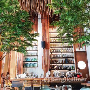 Foto 7 - Interior di Lalla Restaurant oleh UrsAndNic