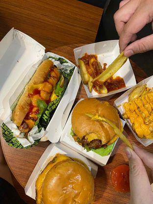 Foto review Burger Bangor oleh Yohanacandra (@kulinerkapandiet) 9
