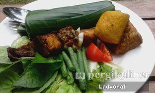 Foto 2 - Makanan di Meranti Restaurant oleh Ladyonaf @placetogoandeat