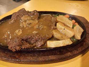 Foto 5 - Makanan di Waroeng Steak & Shake oleh yudistira ishak abrar
