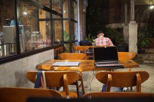 Foto 8 - Interior di Kanay Coffee & Culture oleh Fadhlur Rohman