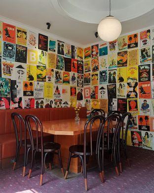 Foto 7 - Interior di Please Please Please oleh Eat and Leisure