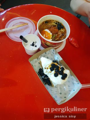 Foto 5 - Makanan di Universal Noodle Ichiro Ramen Market oleh Jessica Sisy