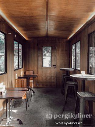 Foto 7 - Interior di Loko Cafe oleh Kintan & Revy @worthyourvisit