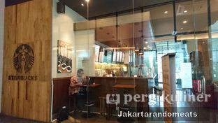 Foto 2 - Interior di Starbucks Coffee oleh Jakartarandomeats