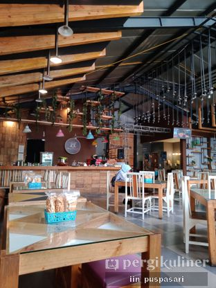 Foto 7 - Interior di Pawon Pitoe Cafe oleh Iin Puspasari