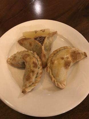 Foto 2 - Makanan(Empanadas) di La Posta - Taste Of Argentine oleh Patricia.sari