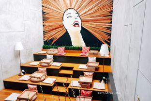Foto 5 - Interior di Red Door Koffie House oleh Indra Mulia