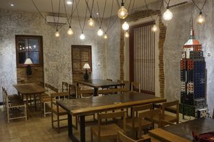 Foto 21 - Interior di Artivator Cafe oleh yudistira ishak abrar