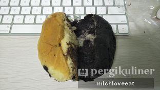 Foto 2 - Makanan di Iwai Bakery oleh Mich Love Eat