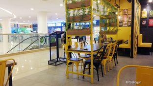 Foto 7 - Interior di Kangkung Bakar oleh abigail lin