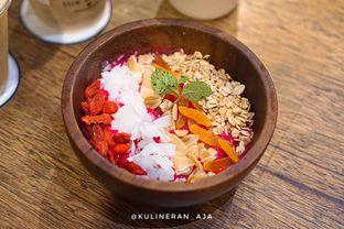 Foto 2 - Makanan(Mango Jambo Smoothies Bowl) di Two Cents oleh @kulineran_aja
