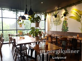Foto 2 - Interior di Colleagues Coffee x Smorrebrod oleh Ladyonaf @placetogoandeat